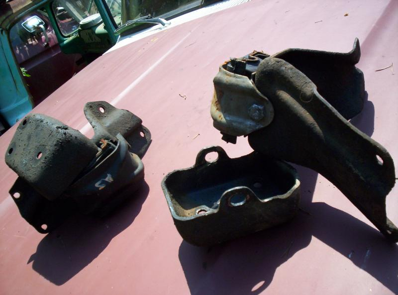 429/460 Original Ford Engine Mounts